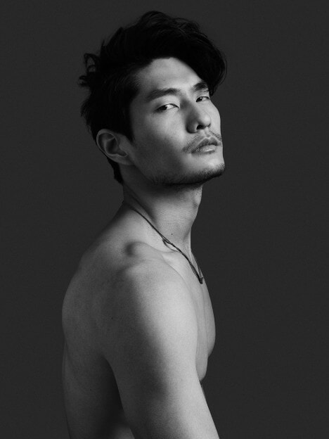 12 Asian Hunks We Would Choose Over Hollywood's Leading Men - World Of Buzz 5