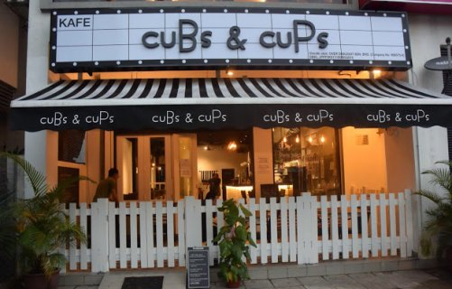 Cubs And Cups2
