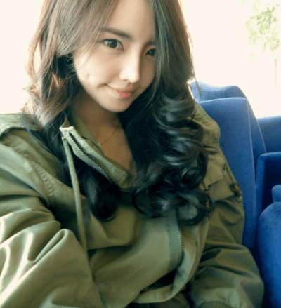 She's the Most Beautiful Teacher in Korea and She Teaches in an All Boys' School! - World Of Buzz 2