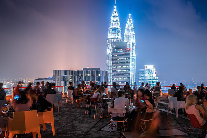 7 Amazing Bars You MUST Not Miss in Kuala Lumpur - World Of Buzz 1