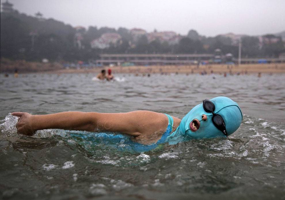 Bikini's Are Ditched In Favour of Face-kini's This Summer in China - World Of Buzz 2