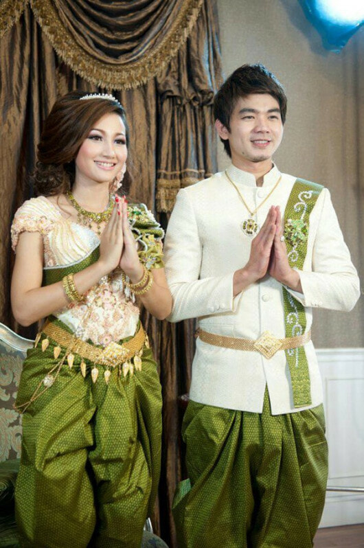 Wedding outfits in different countries in Asia - World Of Buzz 4