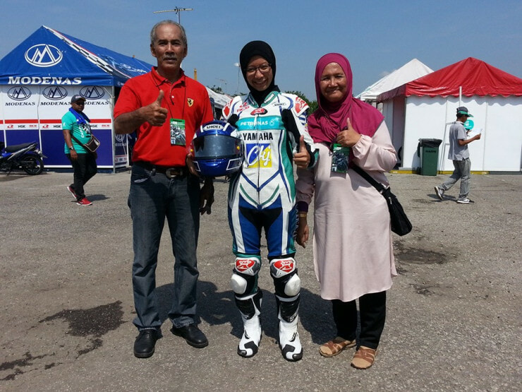 Haters Lashed Out at Female Racer's 'Inappropriate' Gear, Malaysians Unite In Support Of Her - World Of Buzz 1
