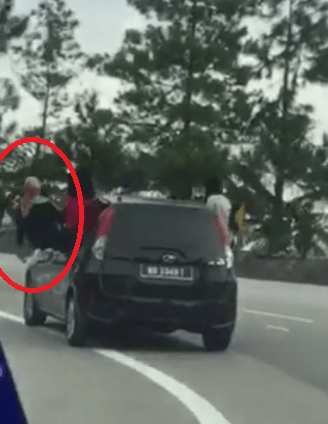 Malaysian Netizens in Disbelief As 4 Girls Literally Hang Out of Car Window - World Of Buzz 12