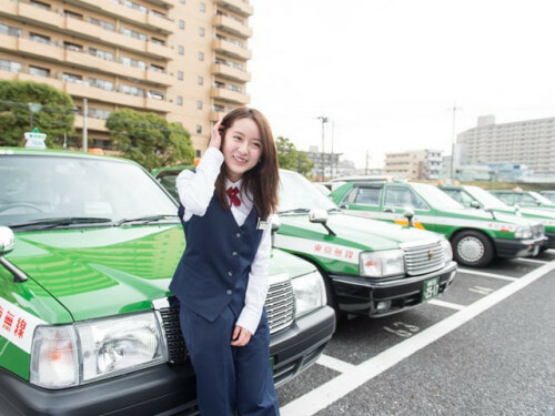 Model Cabbie becomes Japan's finest - World Of Buzz 5