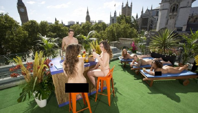 Naked Rooftop Bar in London allows You to Drink in your Birthday Suit - World Of Buzz 6