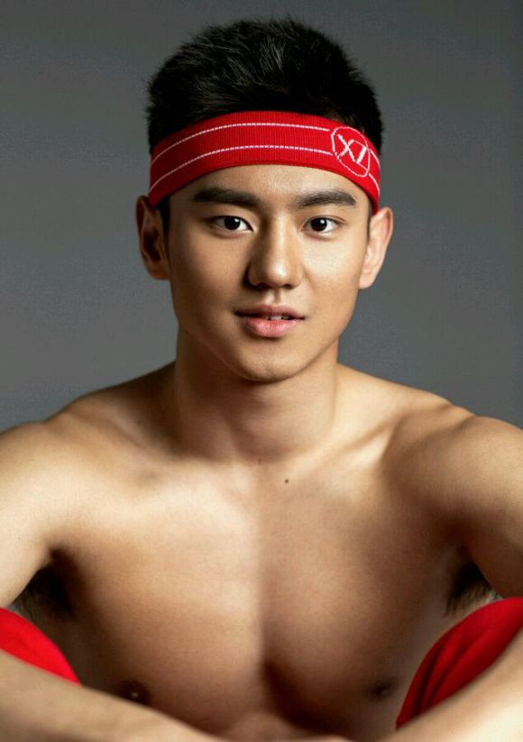 Ning Zetao is hot HOT in cold waters - World Of Buzz 18