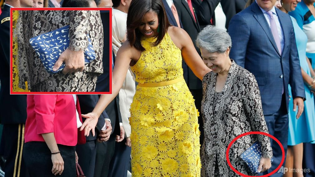 Wife of Singapore PM Applauded For Carrying 'Cheap' RM45 Purse - World Of Buzz 1