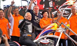 5 Reasons Why Malaysians Should 'Wheelie' Get A Motorcycle - World Of Buzz