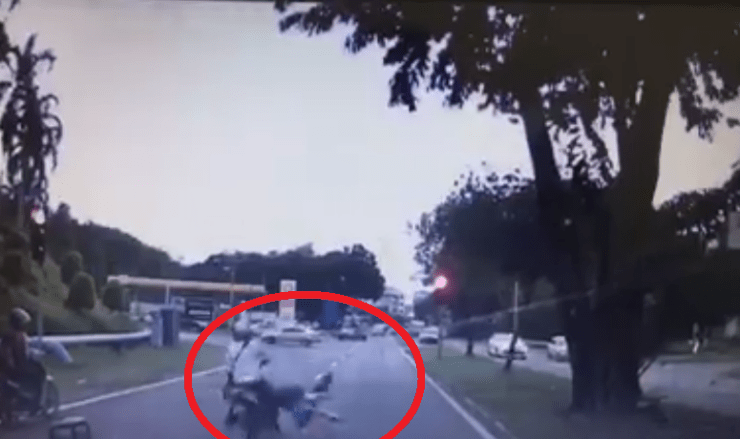 Heartless motorcyclist hits school girl and rides off - World Of Buzz 2