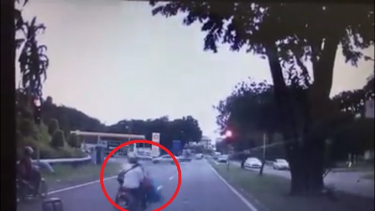 Heartless motorcyclist hits school girl and rides off - World Of Buzz