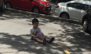 Mother Leaves Son Sitting On Road, The Reason Will Make Your Blood Boil - World Of Buzz 2