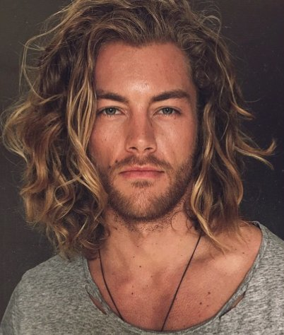 10 Top Men Hairstyles of 2016 and How It Should Look Like - World Of Buzz 10