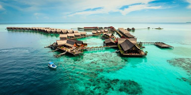 7 Exotic Island Getaways In Borneo Every Malaysian Must Visit - World Of Buzz