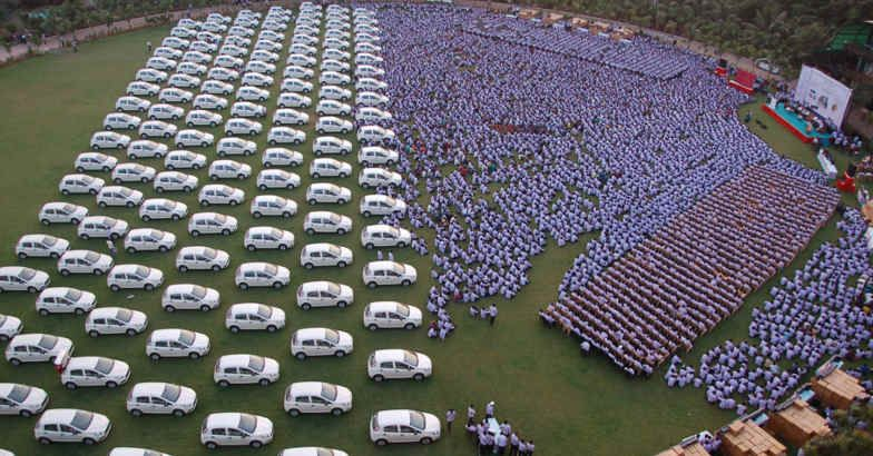 Billionaire Gives Cars and Houses to His Employees as Diwali Gifts - World Of Buzz