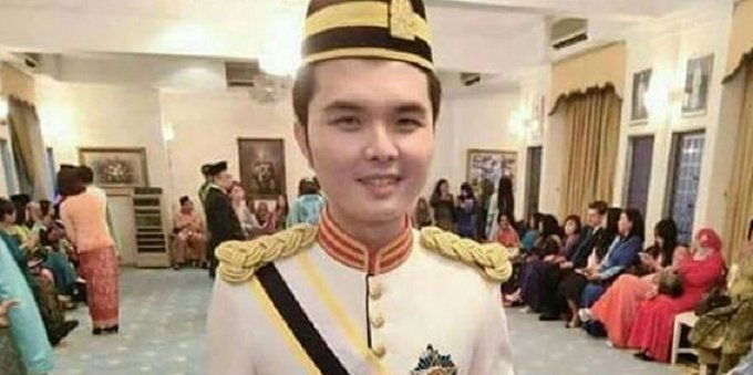 Newest Datukship Awarded to 19-Year Old Boy Receives Huge Criticism From Malaysians - World Of Buzz