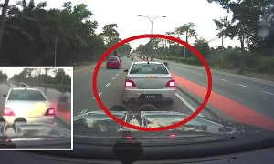 Thugs Try to Fake Accident in Johor, Finds Out They Messed With the Wrong Car - World Of Buzz 7