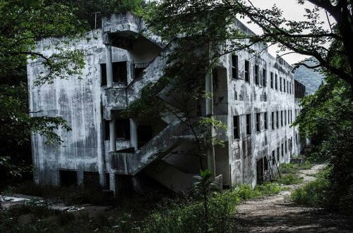 6 Most Eerie Haunted Places in Asia - World Of Buzz 2