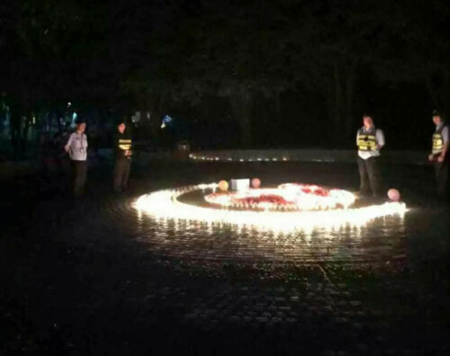 Chinese Guy Sets Up Candlelight Proposal, But Campus Security Came First - World Of Buzz 3