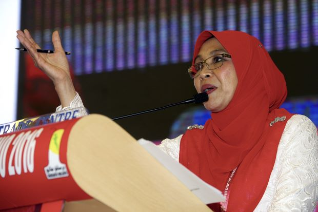 Did This Umno Delegate Just Deliver A Racist Remark? - World Of Buzz 2