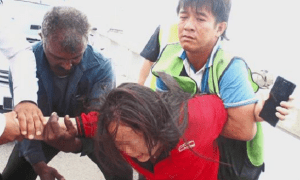 Malaysian Tow Truck Runner Saves 10 People From Committing Suicide - World Of Buzz 4