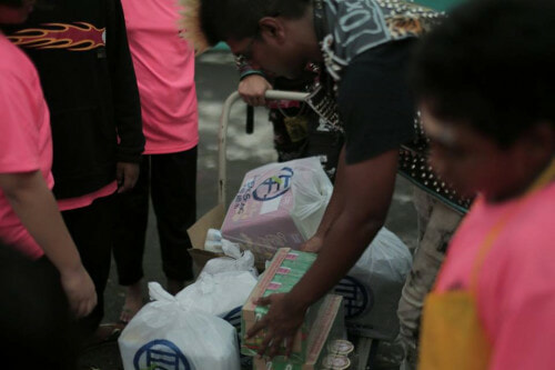 Singaporean PUNKS Donate 1 Month's Worth Of Goods To Children's Home - World Of Buzz 1