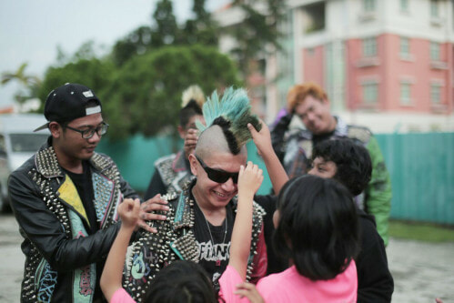 Singaporean PUNKS Donate 1 Month's Worth Of Goods To Children's Home - World Of Buzz 7