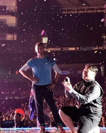 Coldplay Stops Concert for Heartfelt Marriage Proposal on Stage - World Of Buzz
