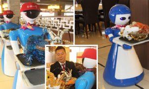 Malaysia's First Ever Restaurant Have Robots Serving You! - World Of Buzz