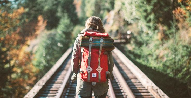 6 Things You Should Never Say To A Solo Traveler - World Of Buzz 7