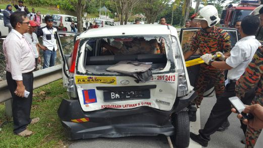 Driving Instructor Killed In Tragic Accident While Giving Trainee A Driving Lesson - World Of Buzz 1
