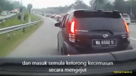 Police Hunting Myvi That Blocked Ambulance's Lane On Federal Highway - World Of Buzz 1