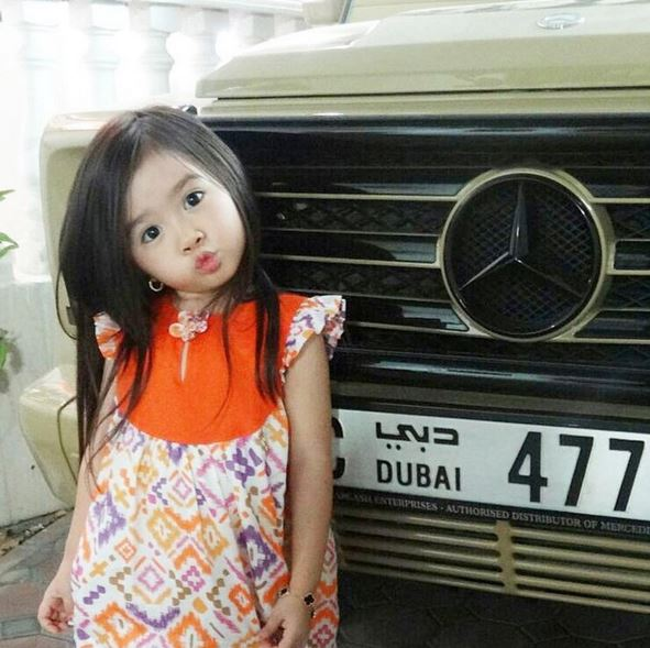 8-Year-Old Korean Became Famous After Rich Middle Eastern Men Found Her Videos - World Of Buzz