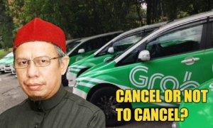 Mufti: Passenger Can Sit In Taxi Driven By Driver Of Opposite Gender - World Of Buzz 1