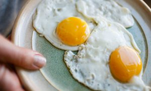 How to Differentiate Genuine And Synthetic Eggs? - World Of Buzz 2