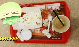 Malaysian Girl Explains Why We Should Clear Our Own Fast Food Trays - World Of Buzz 5