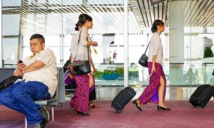 Malindo Air Candidates Required to Remove Tops for Interview, Airline Says Its Normal Procedure - World Of Buzz 5