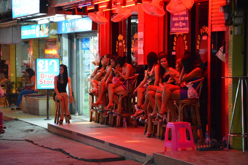 "Thailand's Junta Finds That Taming ""The World's Sex Capital"" is Not an Easy Task - World Of Buzz 2"
