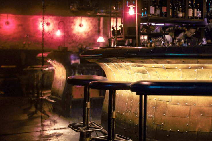 10 Hidden Bars To Visit In Singapore For The Ultimate Drinking Experience - World Of Buzz 10