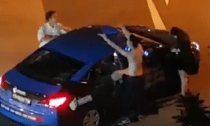 Drunk Ah Beng Screams at Taxi Driver and Yells Gang Slogan After Vomiting in Car - World Of Buzz
