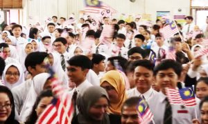 Malaysian School Students Have to Sing this New Song During Assembly - World Of Buzz 4