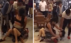 Woman Hits and Strips Mistress in Starbucks as Husband and Daughter Watches - World Of Buzz 4
