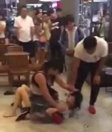 Woman Hits and Strips Mistress in Starbucks as Husband and Daughter Watches - World Of Buzz 5