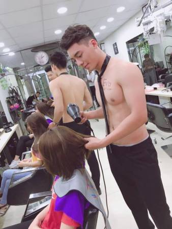 Handsome Hunks Attract Customers To Newly Opened Vietnam Beauty Salon - World Of Buzz 2