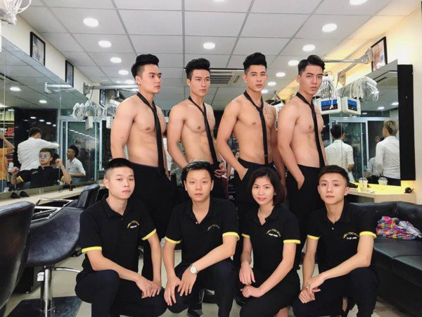 Handsome Hunks Attract Customers To Newly Opened Vietnam Beauty Salon - World Of Buzz 6