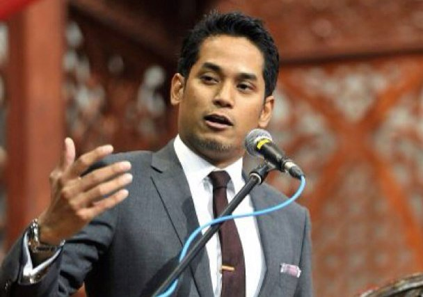 Khairy Jamaluddin Asks Twitter what 'Daddy' Means, Malaysians in Hysterics - World Of Buzz 5