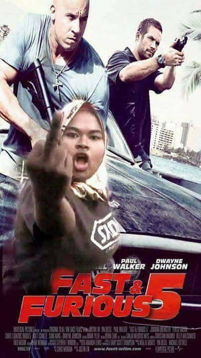 Rude Malaysian Driver Who Threw Slippers At Car is Now a Meme - World Of Buzz 3