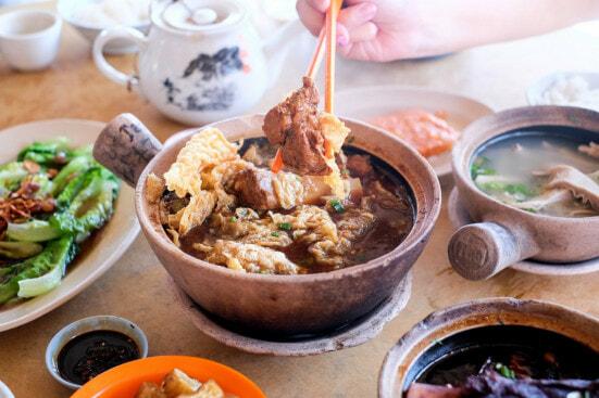 Tim Ho Wan's Founder Blames Malaysian Muslims for Restaurant's Failure - World Of Buzz 5