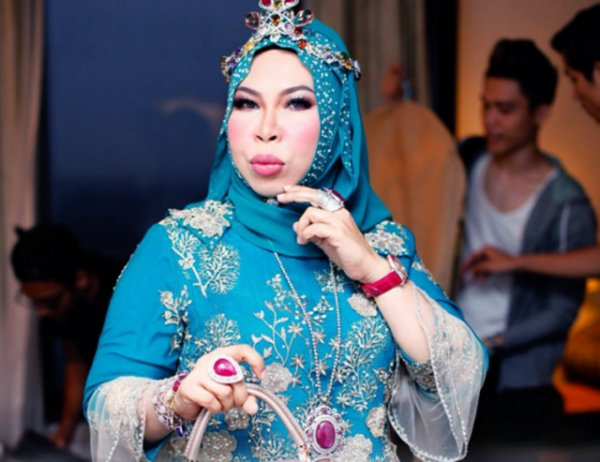 Datuk Seri Vida Plans to Collaborate with Louis Vuitton for Her New Handbag Line - World Of Buzz 1