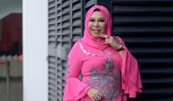 "Datuk Seri Vida Reportedly Dating Man who Meets All Her ""Husband Criteria"" - World Of Buzz"